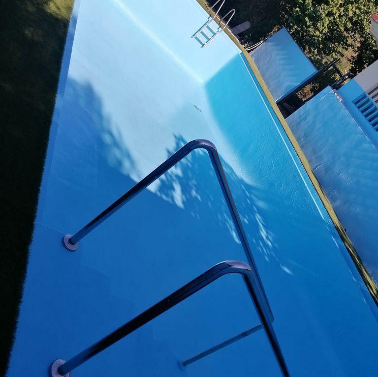 Clocaucho para piscinas